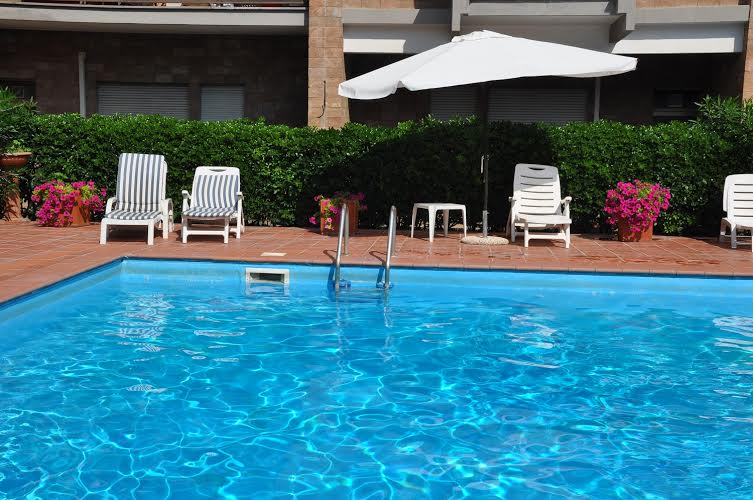 Rome Vatican Area Suite With Pool Not Available Comehome
